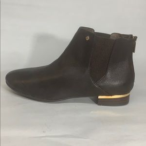Isola-Women's •CHELSEA• Boot - Brown Leather